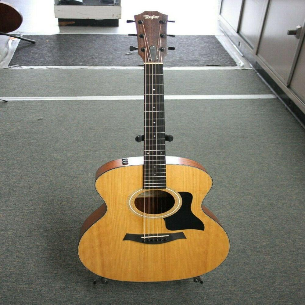 Taylor 114E Acoustic-electric Guitar in Soft Case LOOK