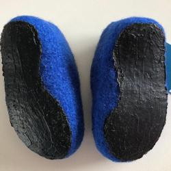 Children's felt shoes