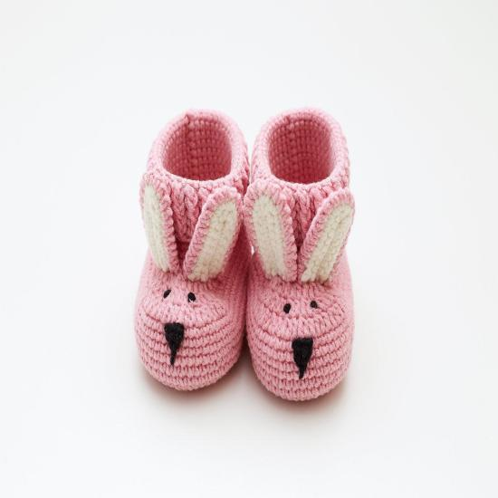 New mommy gift set Best pregnancy favor surprise reveal idea Expecting mum present Pink baby girl cute bunny crochet booties Its girl shower